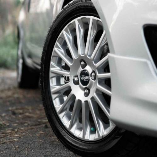 Mobil Ford Fiesta Ecoboost 1.0 Turbo AT 2014 Bekas Low KM Harga Nego - Denpasar