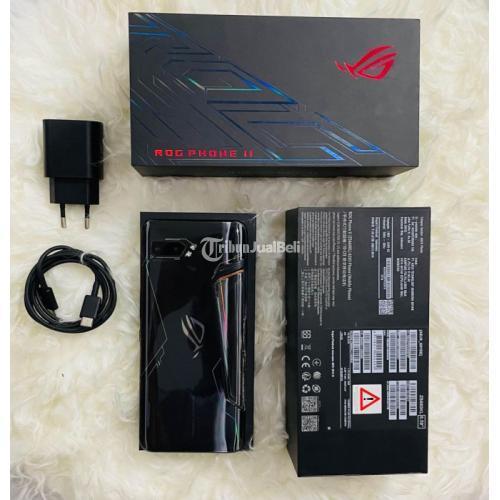 HP ASUS ROG Phone 2 Fullset RAM 8/128GB Kondisi Bekas Normal - Semarang