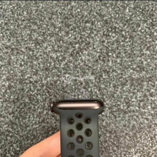 Apple Watch Series SE 40mm Nike Grey Garansi On Panjang Bekas Fullset Ori - Tangerang