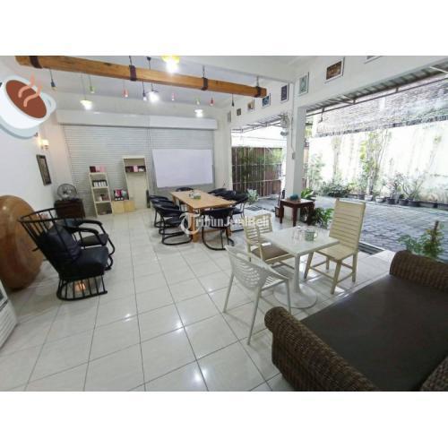 Dijual Rumah Mewah 2 Lantai Lokasi Strategis Luas 233 m2 Dekat UPN - Yogyakarta