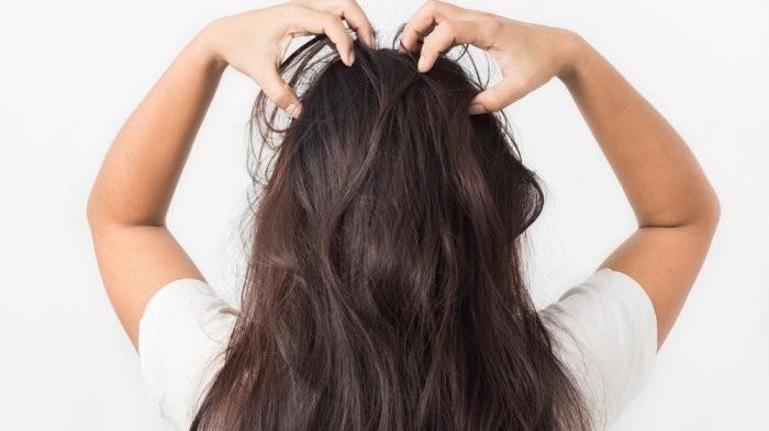 Rambutmu Menjadi Susah Diatur? Coba Atasi dengan Cara Ini
